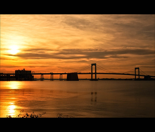 bridge sunset ny neck island long throgs