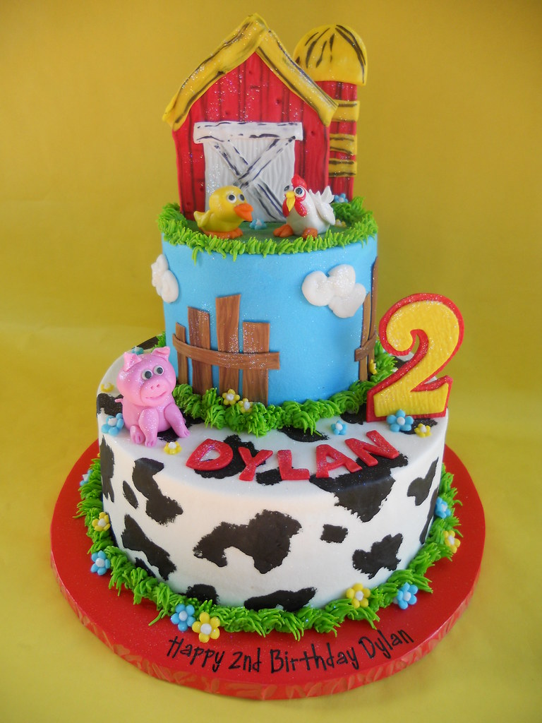 Barnyard Birthday Bash Cake