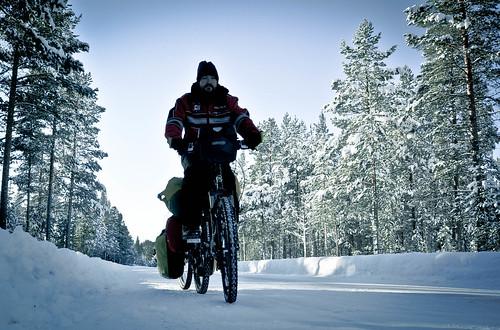 Dashing through the snow | by tomsbiketrip.com