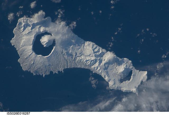 Onekotan Island, Russian Federation (NASA, International Space Station, 01/09/11)