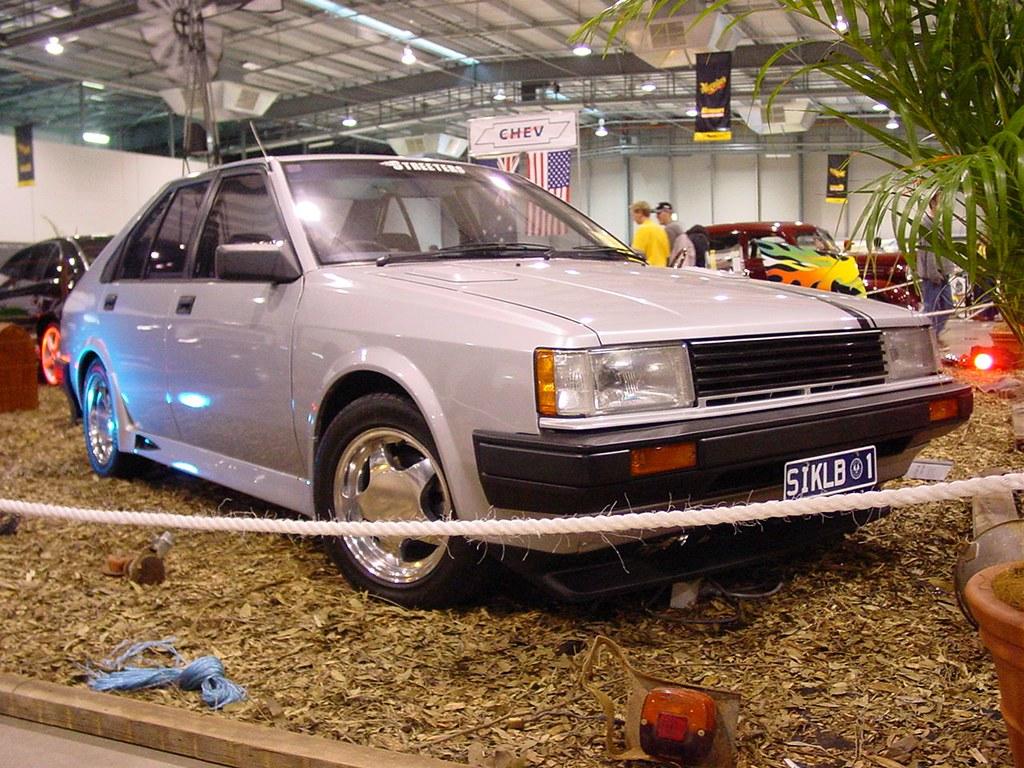 Nissan Pulsar / Holden Astra