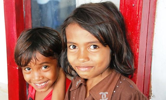 Dua Gadis Cantik Dari Maluku