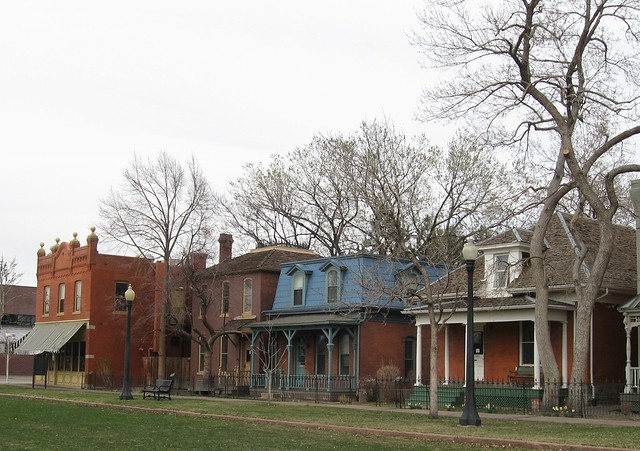 9th Street Historic Park Street Scene