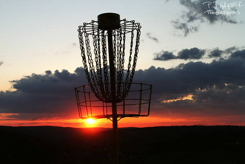 sunset discgolf disc discgolfbasket