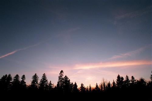 sunset film nikonem 24mmf2ai presidentschoice400