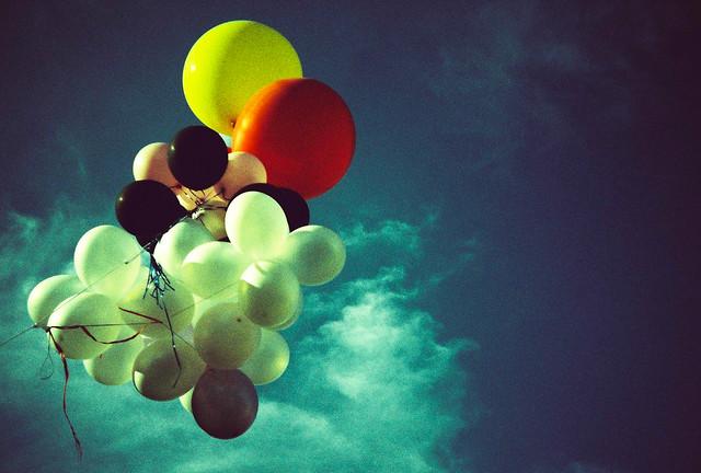 simply balloons