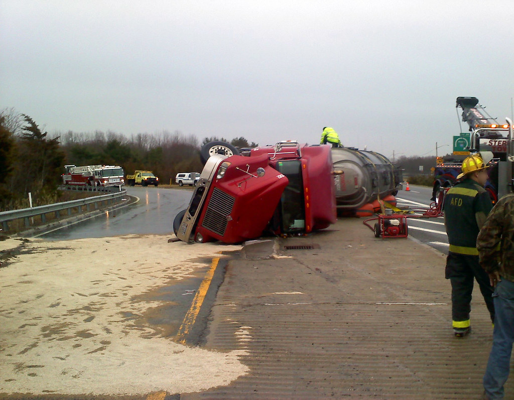 Rollover, Routes 95 and 295: April 4, 2011 | Attleboro, Mass