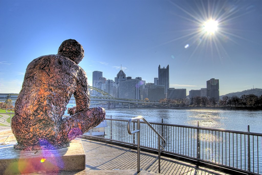 Mr Rogers Statue In Pittsburgh Hdr Photo Taken In The Mor Flickr