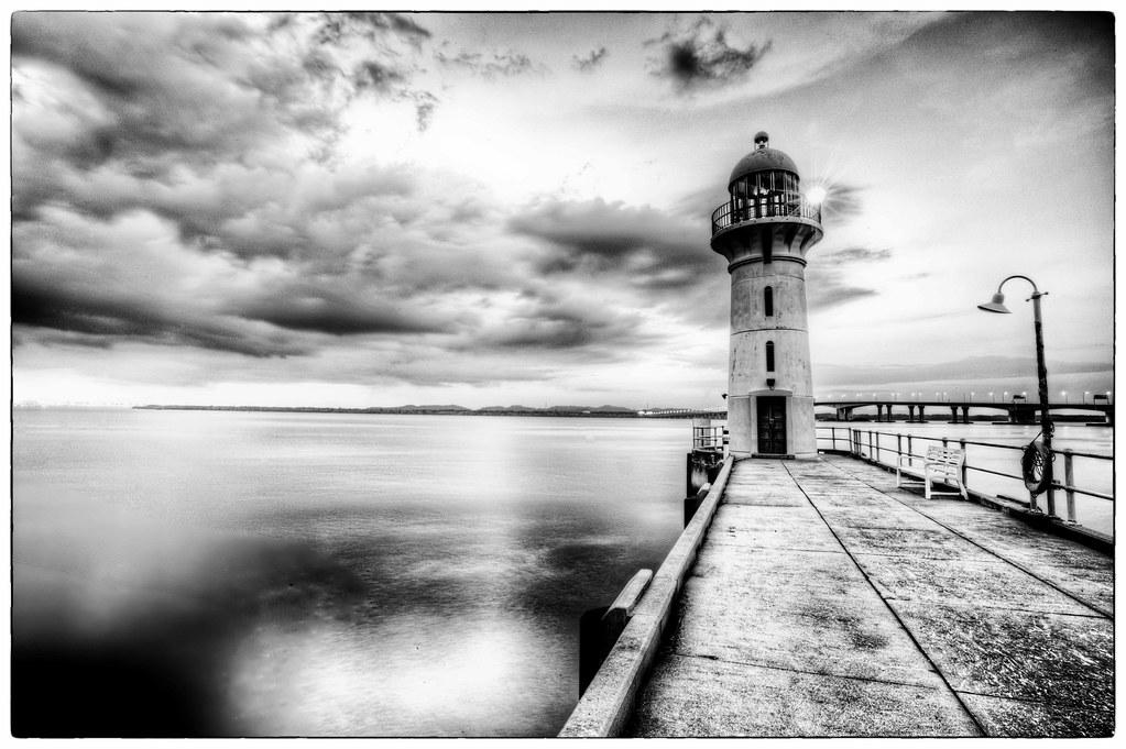 Black and white lighthouse, raffles marina | Paul Cowell