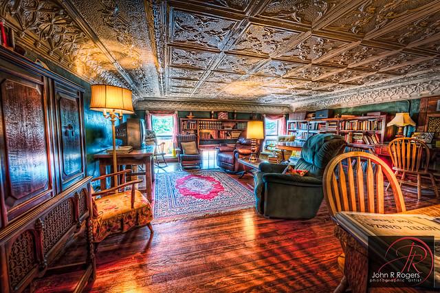 Hotel Garza Library; Post Texas