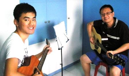 Adult guitar lessons Singapore Alvin