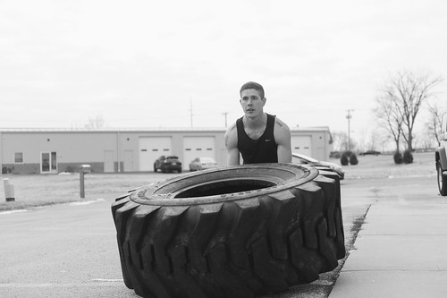 Crossfit Bootcamp Fitness Models | by ThoroughlyReviewed