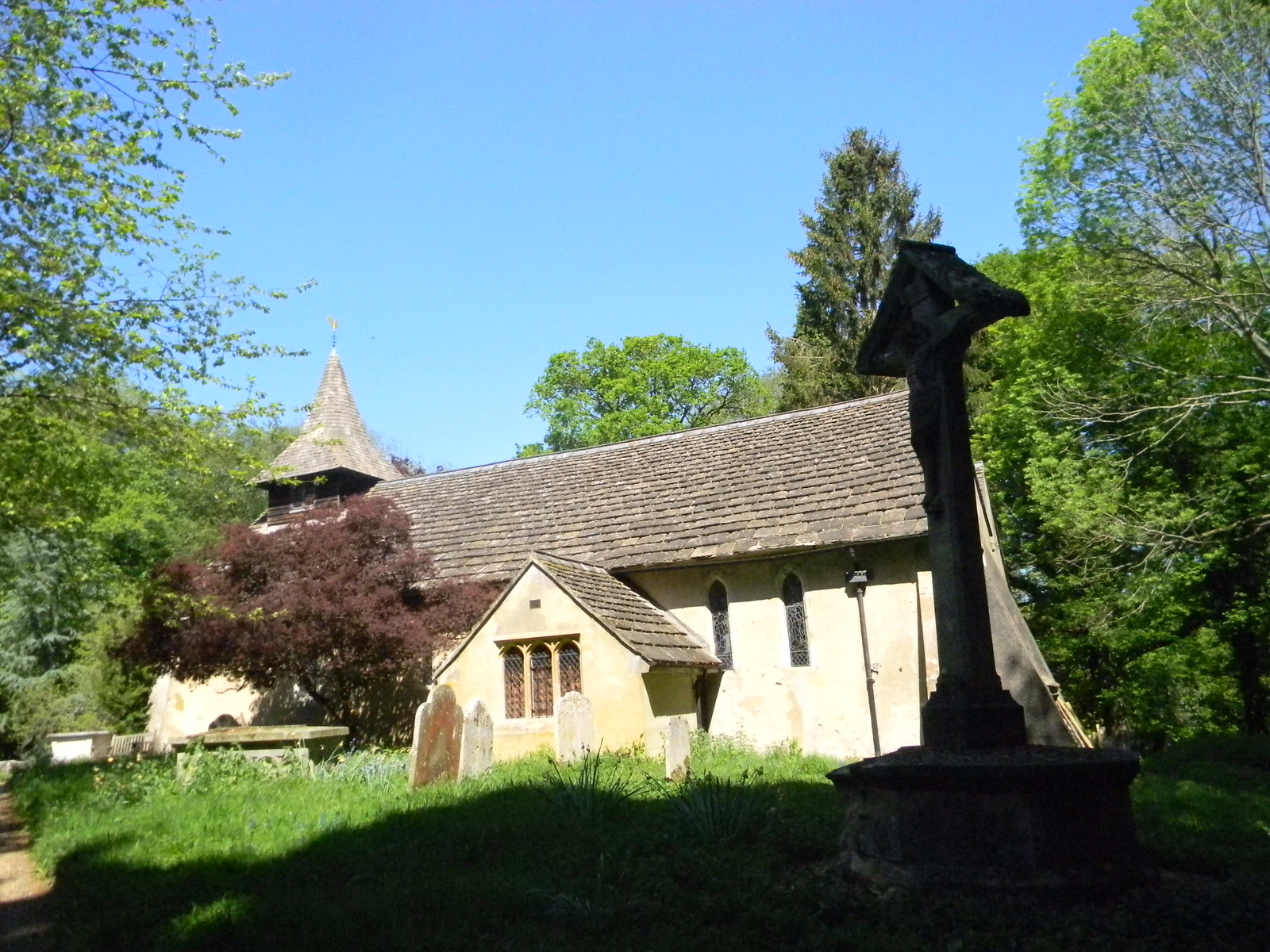 Church in the woods Ockley to Warnham