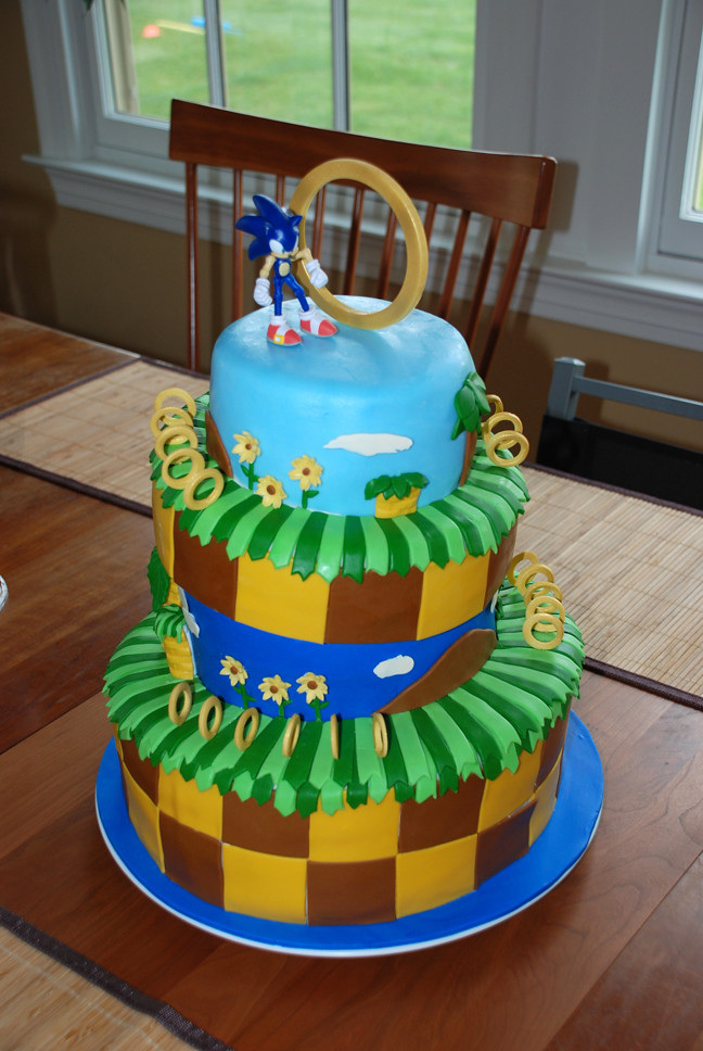 Sonic The Hedgehog Cake Front A 4 Tier Topsy Turvy Sonic Flickr