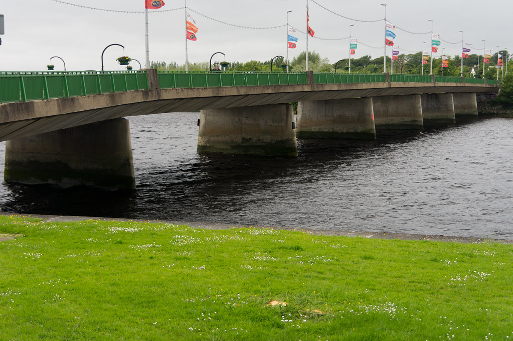 The Shannon Bridge - Limerick City | As a city situated on a