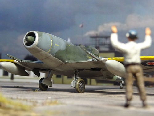 "1:72 Supermarine ""Jetfire"" Mk.I, aircraft 'YQ-G'/'PX204/G' of the Royal Air Force 616 Squadron; Culmhead (Somerset), early 1945 (Whif/Kitbashing) 