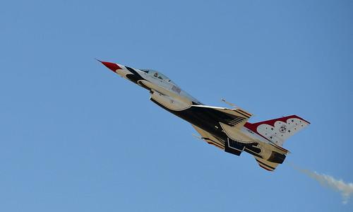 show arizona day glendale air luke az airshow f16 thunderbirds airforce usaf base unitedstatesairforce lukeairforcebase lukeday