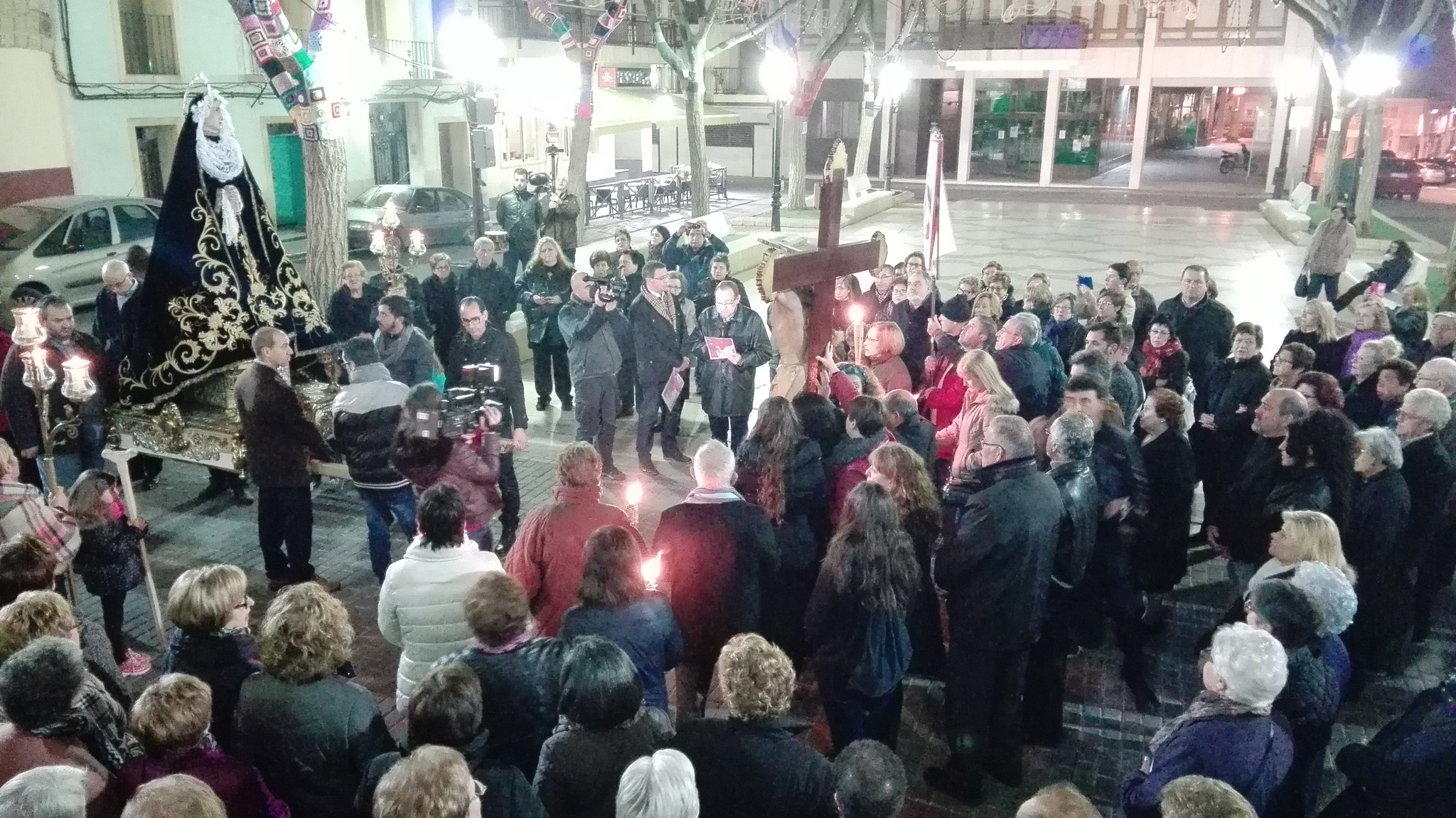 (2016-03-18) - VII Vía Crucis nocturno - Javier Romero Ripoll (047)
