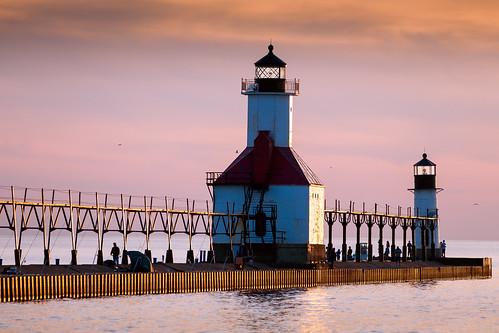 county sunset copyright lighthouse canon spring michigan stjoseph lakemichigan greatlakes canon5d smörgåsbord 2014 berrien labcolor cs5 smã¶rgã¥sbord