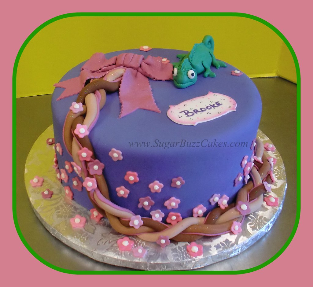 Enjoyable Pascal Tangled Birthday Cake Carol Flickr Funny Birthday Cards Online Overcheapnameinfo
