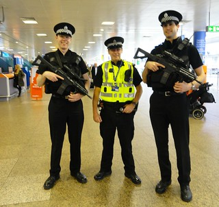 REASSURING SECURITY AT GLASGOW AIRPORT | by hazelisles,(www.youtube.com/user/hazelisles)