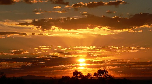 sunset day cloudy australia victoria onetreehill bendigo
