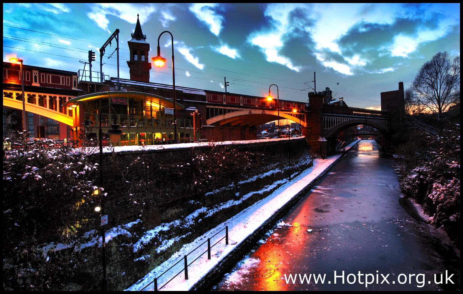 manchester,deans,gate,deansgate,A56,road,station,railway,castlefield,knott,bar,knottmill,mill,tony,smith,hotpix,tonysmith,tonysmithhotpix,dusk,magic,blue,hour,ice,snow,canal,winter,dukes,92,dukes92,reflection,reflections,night,street,light,lighting,england,UK,GB,north,west,northwest,europe