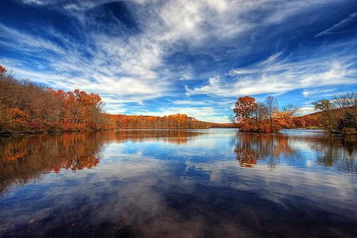 landscape fallcolor frenchcreekstatepark hopewelllake