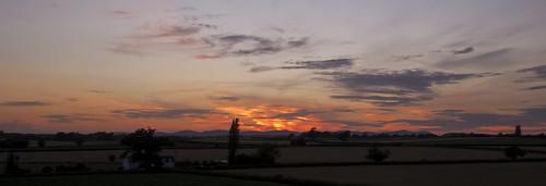 sunset sky clouds landscape outdoor dusk worcestershire malvernhills