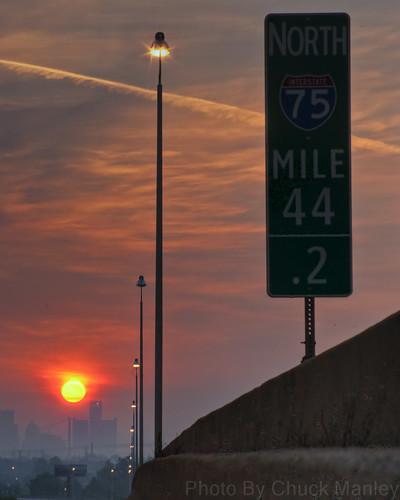 digital sunrise pentax detroit i75 hdr km rencen renaissancecenter k2000 chuckmanley