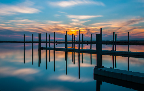 wowography wowographycom water suffolk red orange nature longislandphoto longisland harbor lightroom clouds beach 18200mm nikon d90 marina sunset color bluehour longexposure piers dock silhouette reflection greatsouthbay tripod 83527 hss floating babylon explore nd110 mygearandme mygearandmepremium projectweather yahoo pwpartlycloudy day 2012 tomreese photography 500px