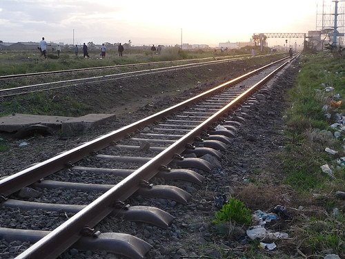 sunset train evening kenya dusk nairobi rail railway pedestrian commuter kr riftvalley kenyarailways shortrains jogooroad