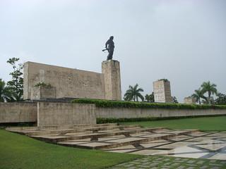 Mausoleo del Che en Santa Clara   by bilinkis