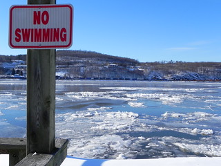 no swimming | by Robb845