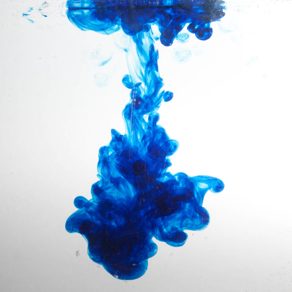 Blue food colouring in water as shot | www.richardberryphoto ...