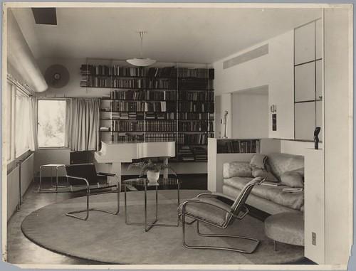 Interieur Huis van der Leeuw | Van der Leeuw House Interior | by Het Nieuwe Instituut - Architecture Collection