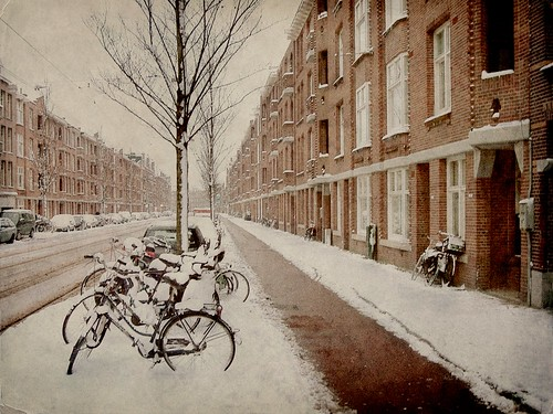 Winter View of Admiraal de Ruijterweg | by j. kunst