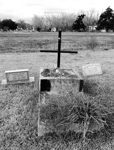 1888 pioneercemetery cemetery brazoria brazoriacounty texas pontist united states north america