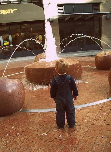 Fountain fixation | by onenjen