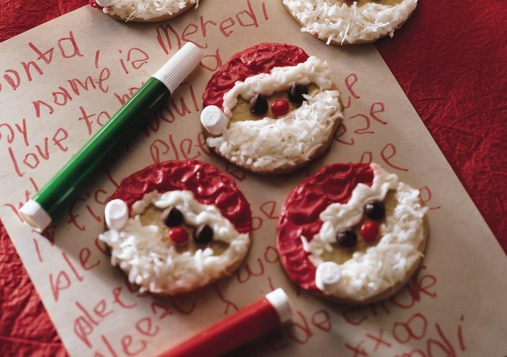 Easy Santa Cookies Recipe Ingredients 1 Roll 16 5 Oz Pi Flickr