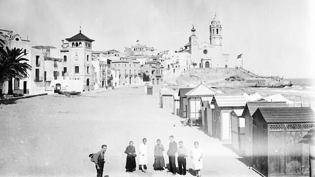 Sitges descobreix el turisme / Early XX Century tourism