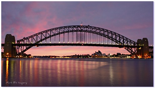 longexposure light reflection sunrise canon geotagged photography sydney australia sydneyharbour sydneyoperahouse sydneyharbourbridge beforesunrise canoneos450d sigma1020mmlense