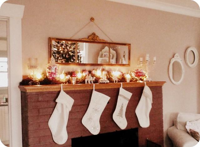 2010 Christmas mantel