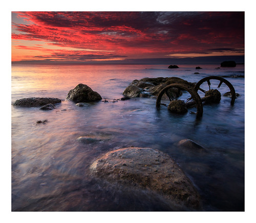 wheels seaham seahamharbour chemicalbeach sunrise morning dawn rocks shoreline canon760d sigma1020mmf456exdchsm crop ndhardgrad12 7x6