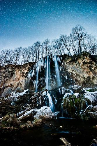 trees winter sky snow cold ice water night stars waterfall rocks falls fallingsprings