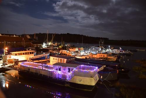 suffolk rurallandscape riverside tidal boats quay eastanglia riverdeben masts reflections moonlight mud