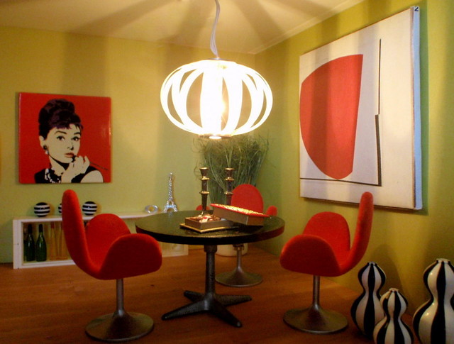 Karl Edo's dining table