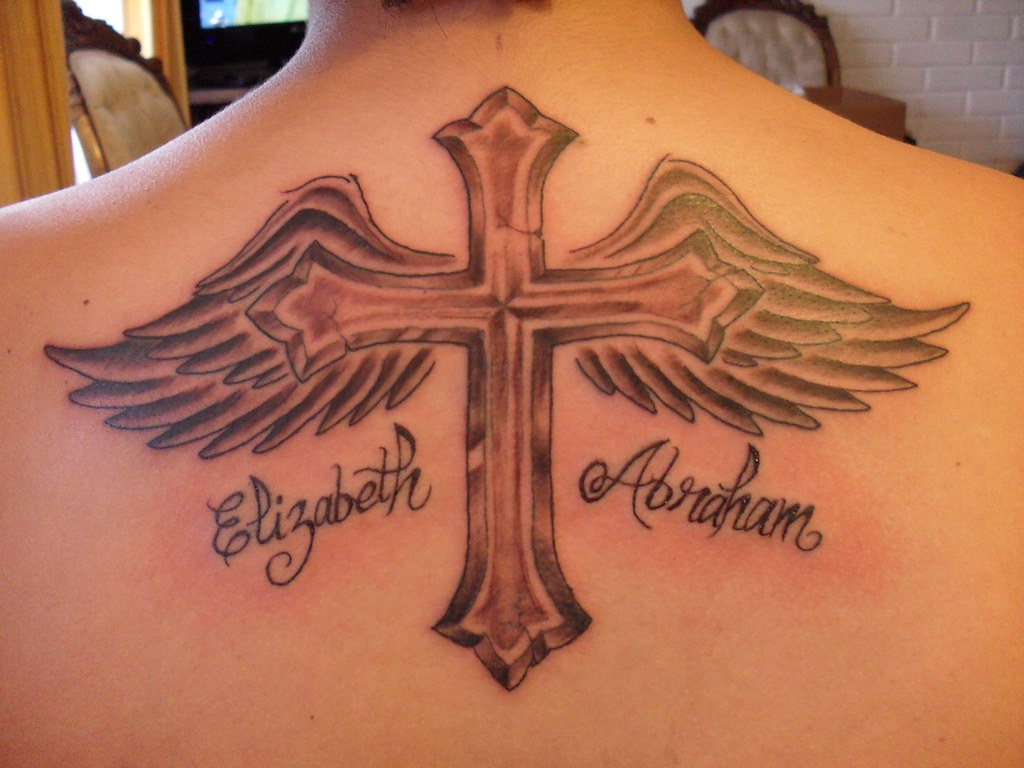 Tatto Cruz Con Alas - tattoo design
