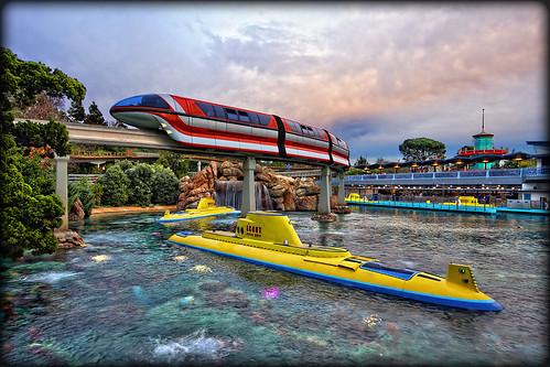 canon disneyland sigma lagoon disney submarine monorail walt tomorrowland sigma1020 40d