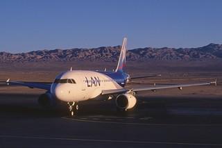 323ae - LAN Airbus A319-132; CC-COY@CJC;29.09.2004